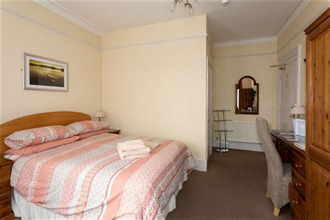 4 Star Guest House, Offering High Quality, Self-Catering