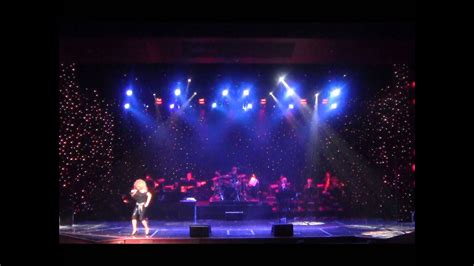 """TINA TURNER'S """"Steamy Windows"""" 2009 Concert Style - YouTube"""