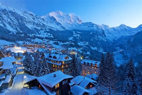 Swiss ski guide - from beginners to advanced, families and