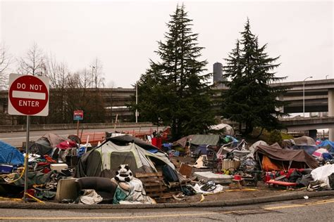 Seattle evicts residents of filthy, 'inhumane' Sodo
