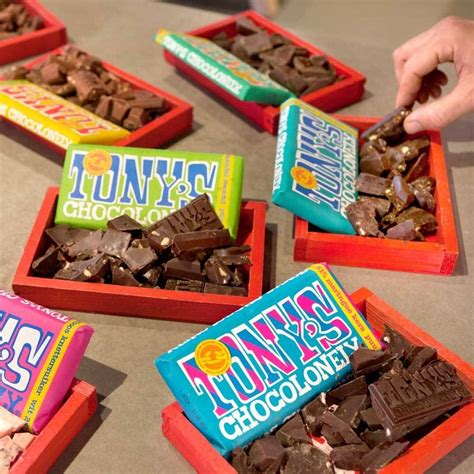 Tony's Chocolonely White Raspberry Popping Candy Chocolate