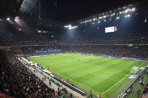 Inter or AC Milan - Which club is best prepared to qualify