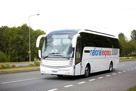 National Express launches new route between Gatwick