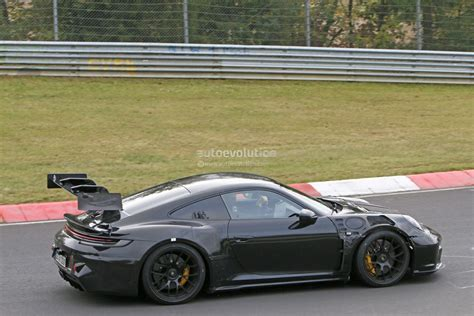 """Lifted Porsche 911 Prototype Spotted at Work, 992 """"Safari"""