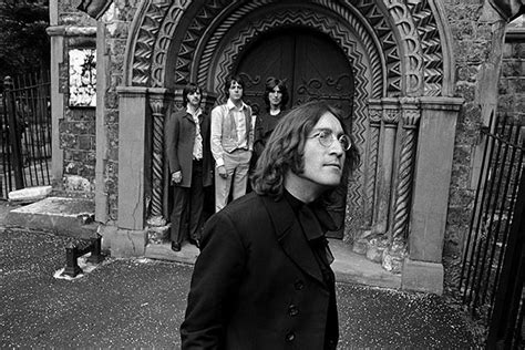 Photos: The Beatles Romp Through London in 1968 Pictures