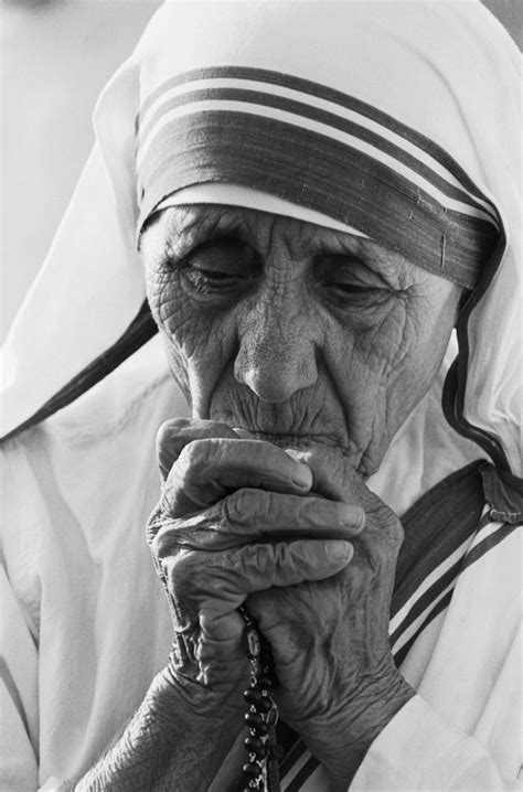 ITALY - KOSOVO Mother Teresa's biographer: A cathedral in