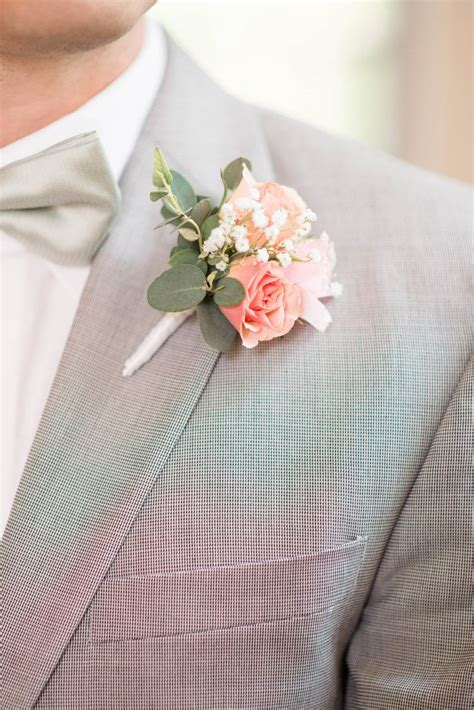 Pin by The Knot on Boutonnieres | Wedding bouquets