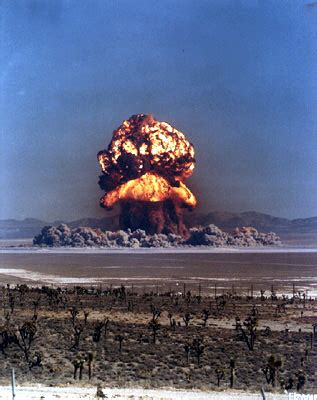 ISRAEL Israeli nuclear arsenal 100 to 300 warheads, almost