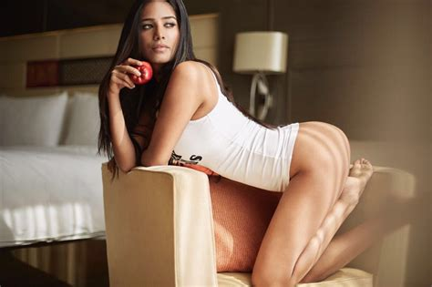 """Poonam Pandey on Twitter: """"An apple a day keeps the doctor"""
