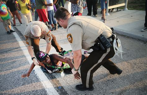 Ferguson police chief quits after report on fatal shooting